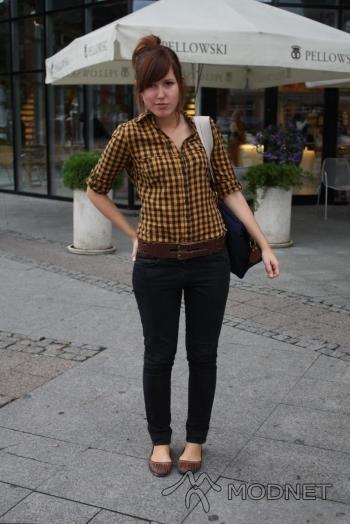 Torebka H&M, Manhattan Gdańsk; Koszula H&M, Manhattan Gdańsk
