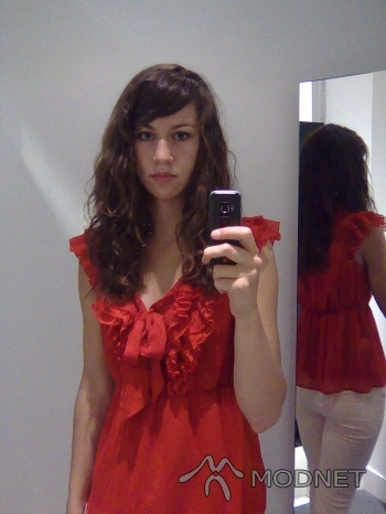 Bluzka H&M, Agora Bytom