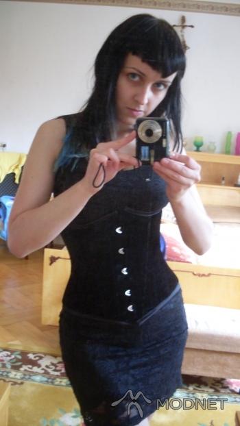 Gorset Burleska, http://www.restyle.pl