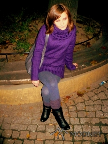 Getry C&A, http://www.allegro.pl; Legginsy C&A, http://www.allegro.pl; Sweter C&A, http://www.allegro.pl; Botki Deichmann, http://www.allegro.pl