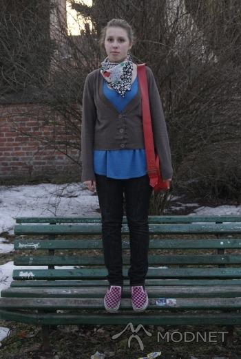 Apaszka Cubus, http://www.szafa.pl