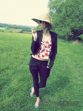 Spodnie Cherrykeke, http://www.szafa.pl
