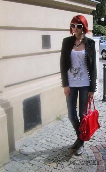 Kurtka Ann Christine, Sfera Bielsko-Biała