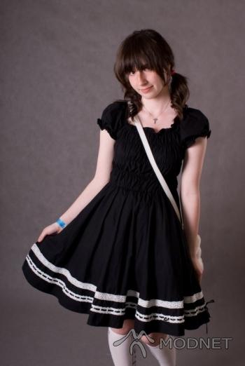Sukienka, http://www.cosmates.jp