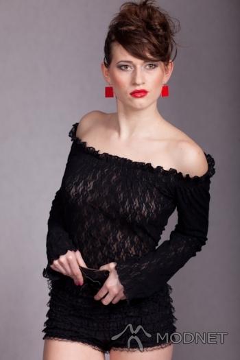 Szorty Alexia, Odzież Używana Grodzisk Wielkopolski; Bluzka A-wear, Odzież Używana Grodzisk Wielkopolski