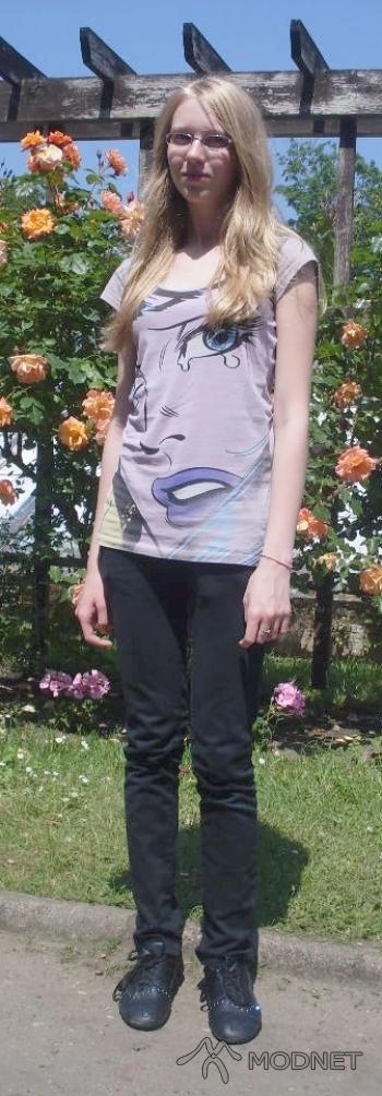Spodnie Moodo, Moodo Giżycko