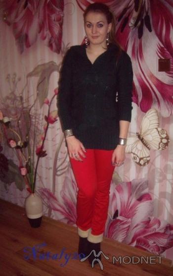 Bransoleta Agi, New Look Żagań; Sweter Collection and Fashion, Chiński market Żagań; Kolczyki allegro, http://www.allegro.pl