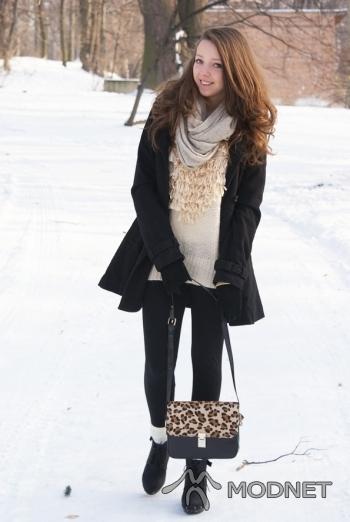 Torebka VJ-Style, http://VJ-style.com; Sweter VJ-Style, http://VJ-style.com