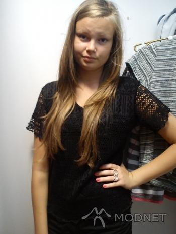 Bluzka Vanessa, Sortownia odzieży Jaworzno