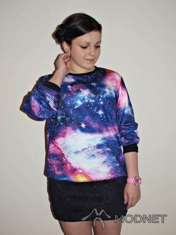 Bluza Japan Style, http://www.wholesaledress.net/; Spódnica NO NAME, http://www.allegro.pl