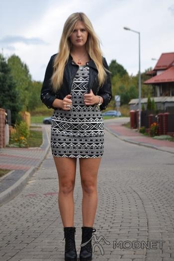 Sukienka Reserved, Yeti Puławy