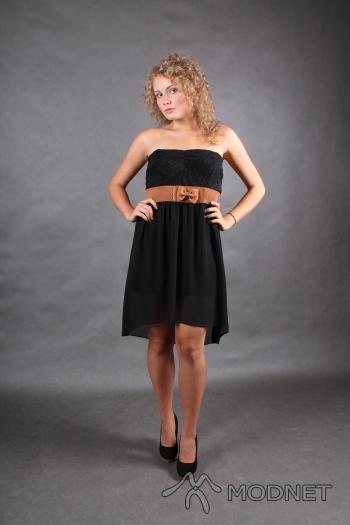 Sukienka, http://www.allegro.pl; Czółenka Deichmann, Auchan Bielsko-Biała