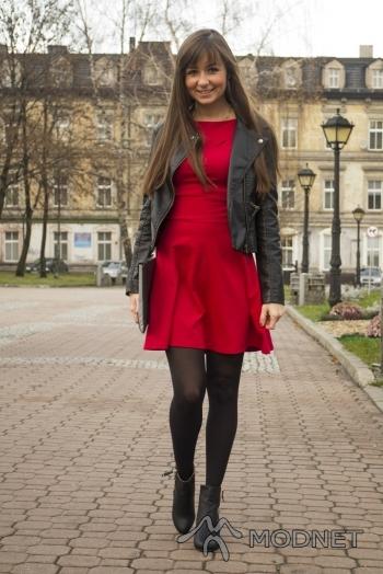 Sukienka NO NAME, allegro.pl; Buty Next, allegro.pl