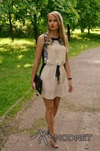 Sukienka Oasap, http://www.oasap.com; Botki Zalando, http://www.zalando.pl; Torebka Asos, http://www.allegro.pl
