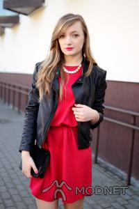 Sukienka Pepco, Pepco Wołomin; Naszyjnik RingsAndTings, http://www.ringsandtings.com
